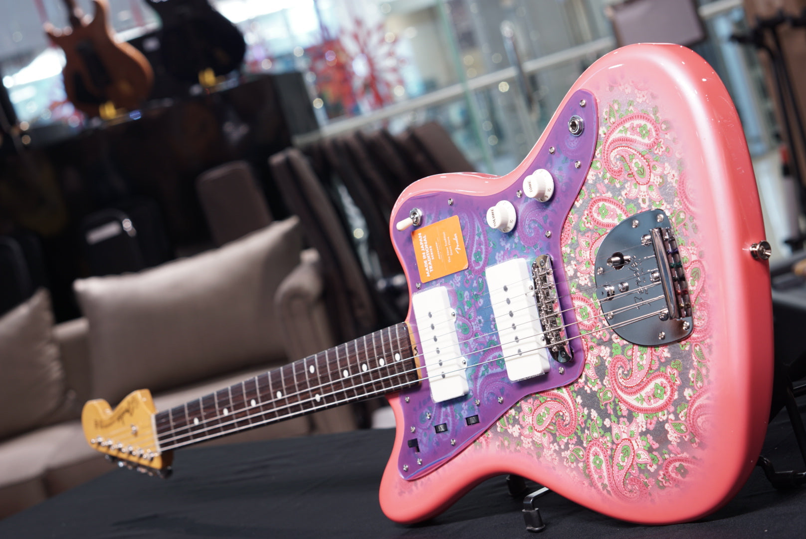 Fender Made in Japan Traditional '60s Jazzmaster - Pink Paisley HIENDGUITAR.COM - HIENDGUITAR.COM