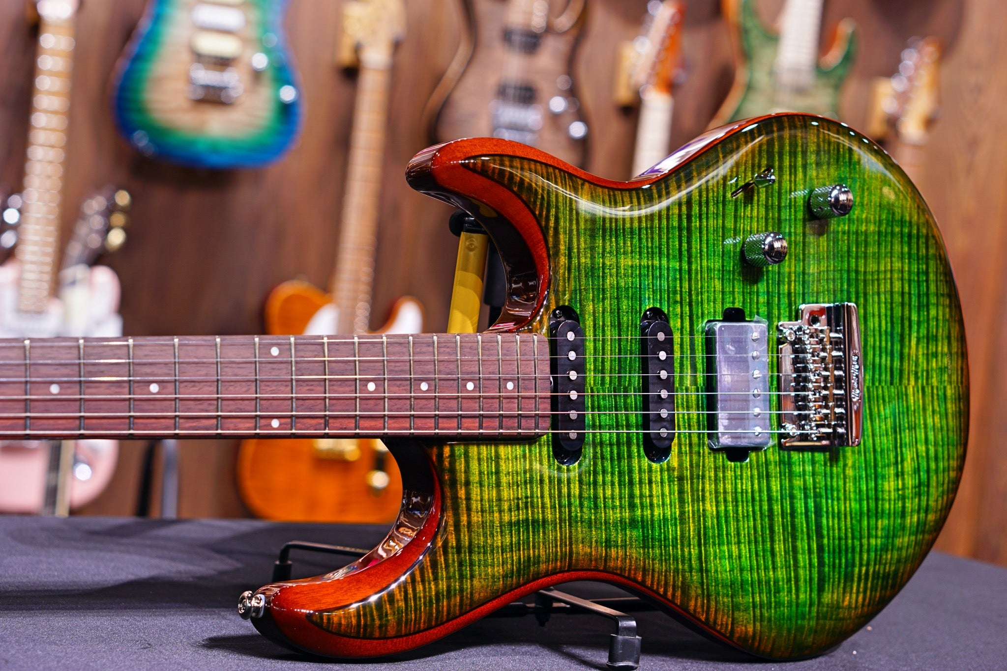 Ernie Ball Music Man Luke III HSS - Luscious Green Flame G98404 - HIENDGUITAR   Musicman GUITAR