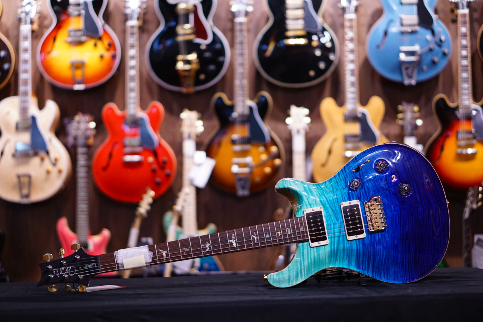 PRS hiend spec Custom 24 piezo 10top blue fade 256033