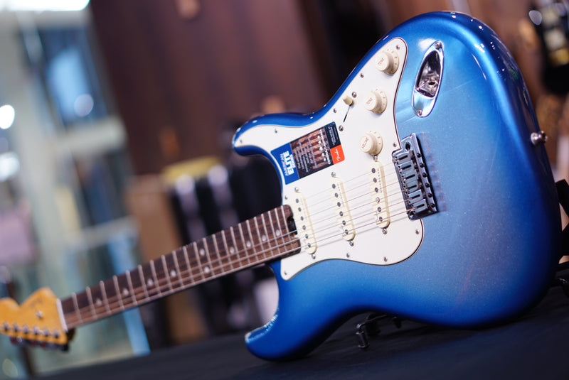 Promo Fender American Elite Stratocaster - Sky Burst Metallic with Rosewood Fingerboard 0114000736