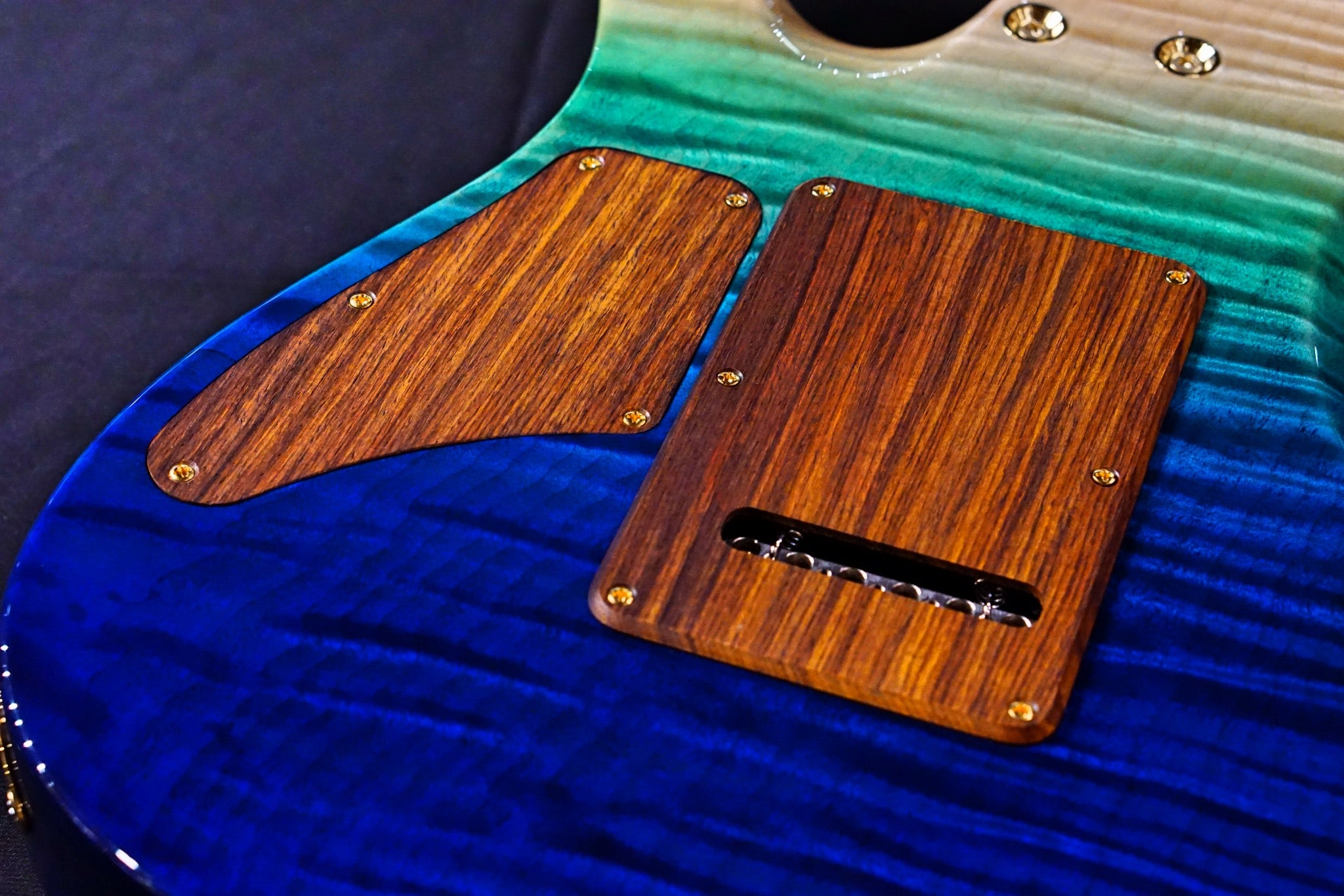 Suhr custom Modern one piece flame body Aqua blue gradient