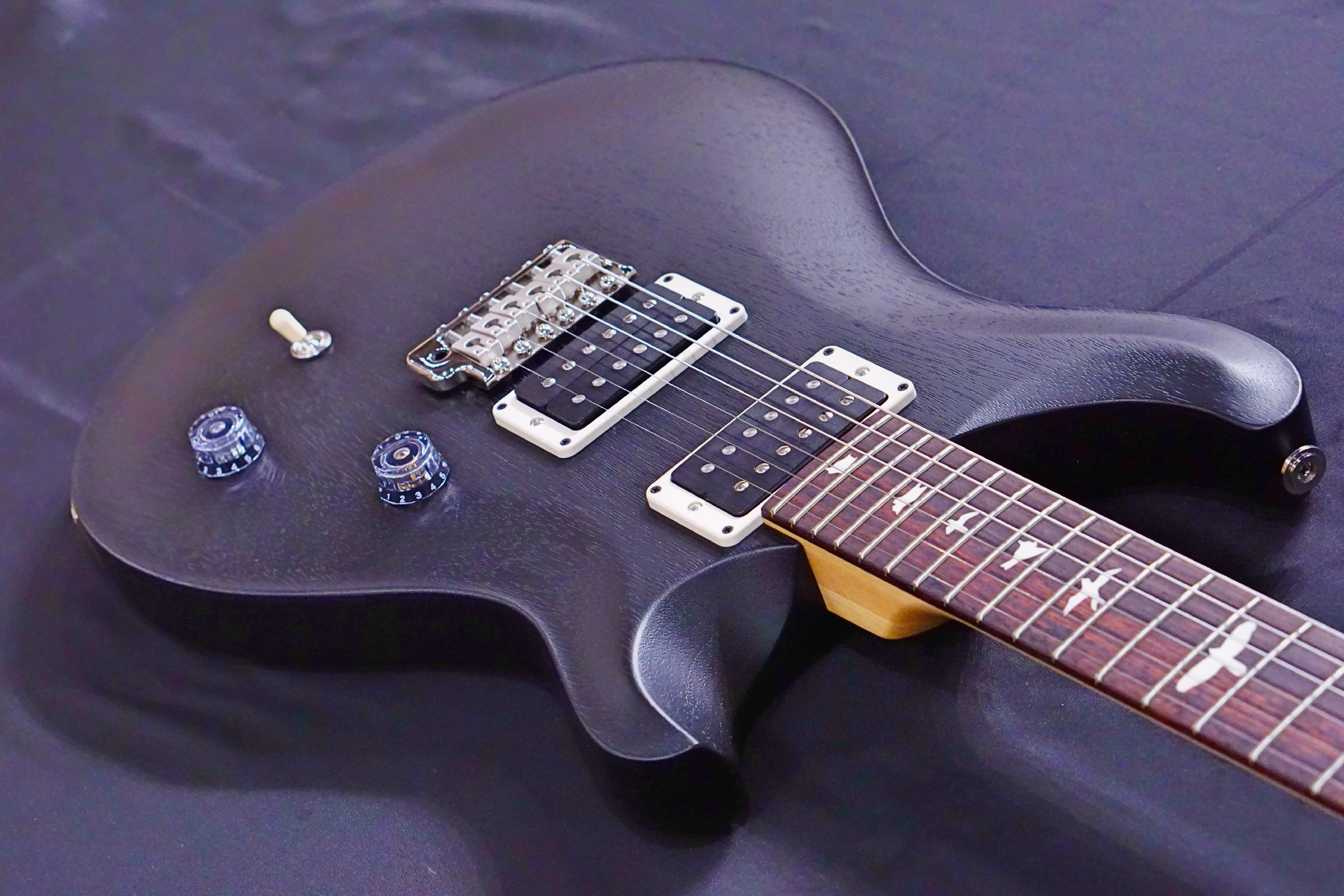 PRS CE24 Standard Satin antique Charcoal