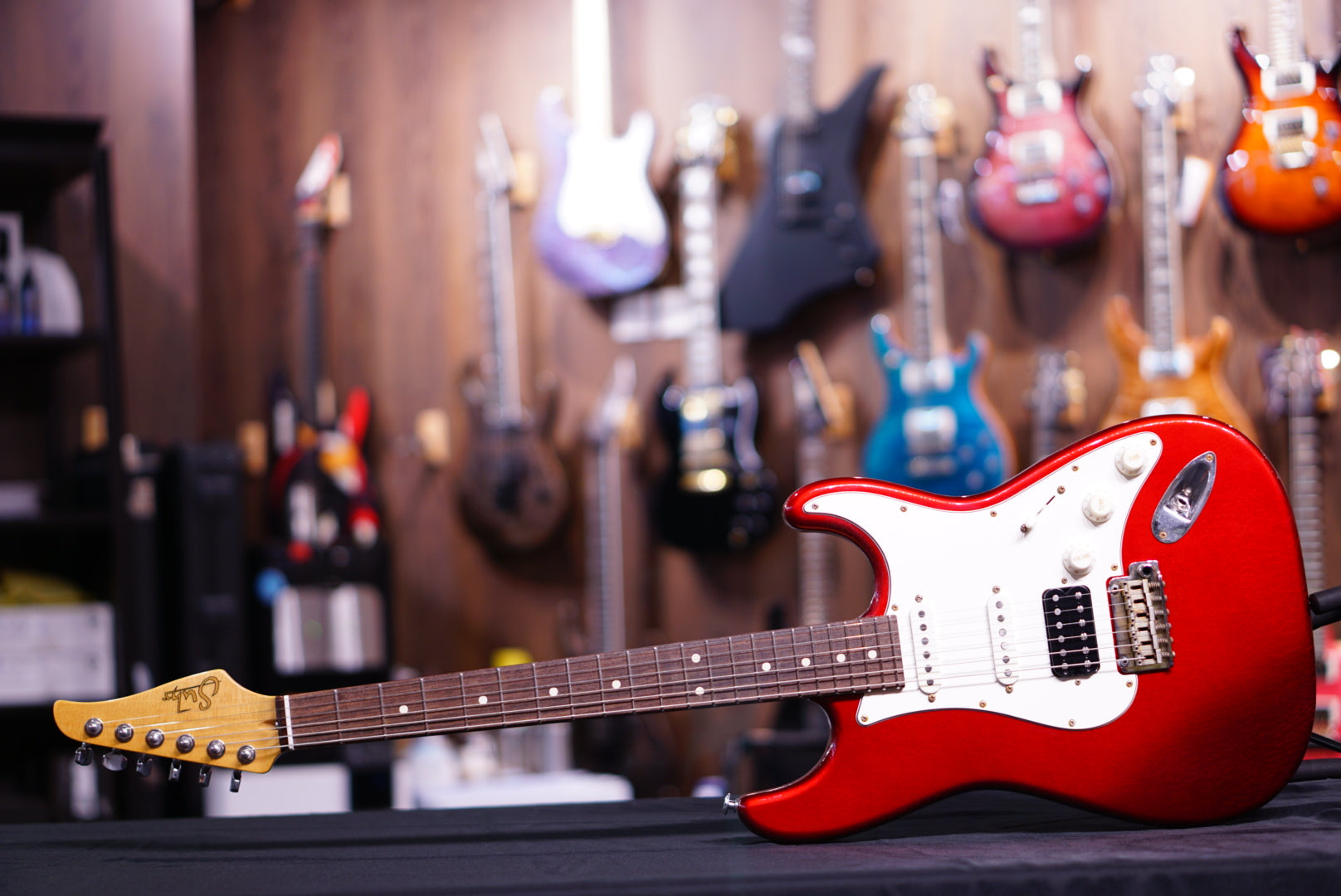 Suhr Classic Antique Metalic Candy Apple Red Js7U4Z SUHR - HIENDGUITAR.COM