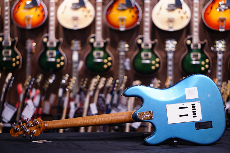 Music Man Cutlass Rs - Vintage Turquoise Roasted Maple G90311