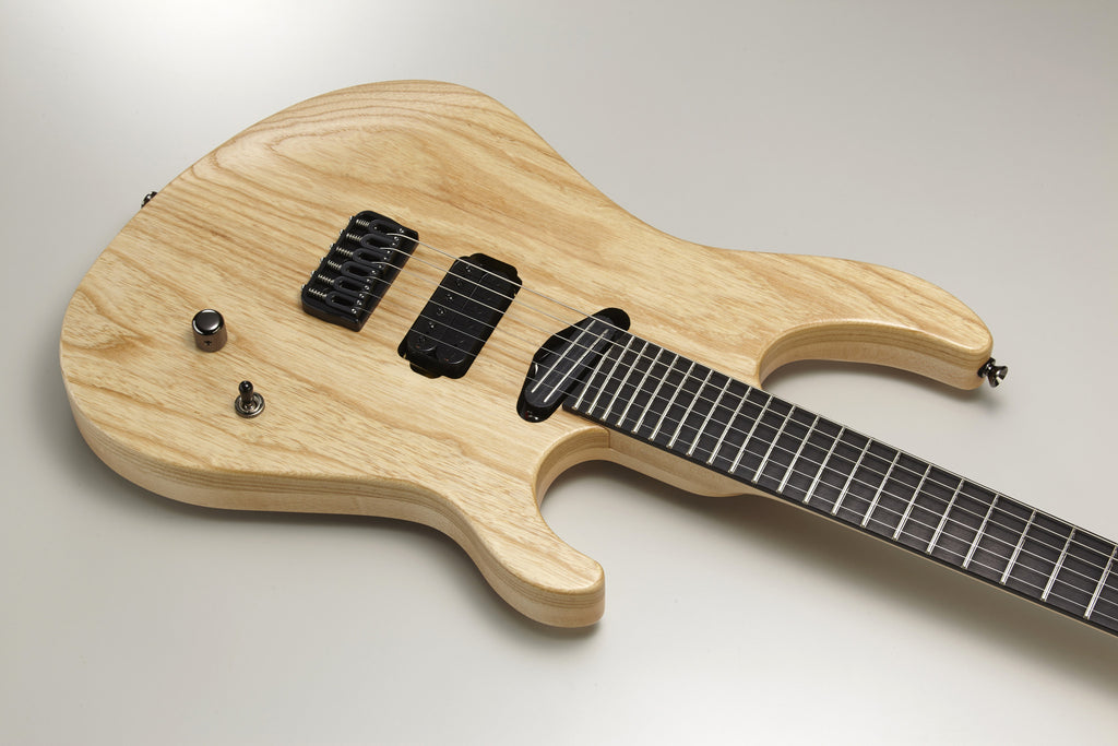 The Caparison Horus FX-AM Natural 3300012