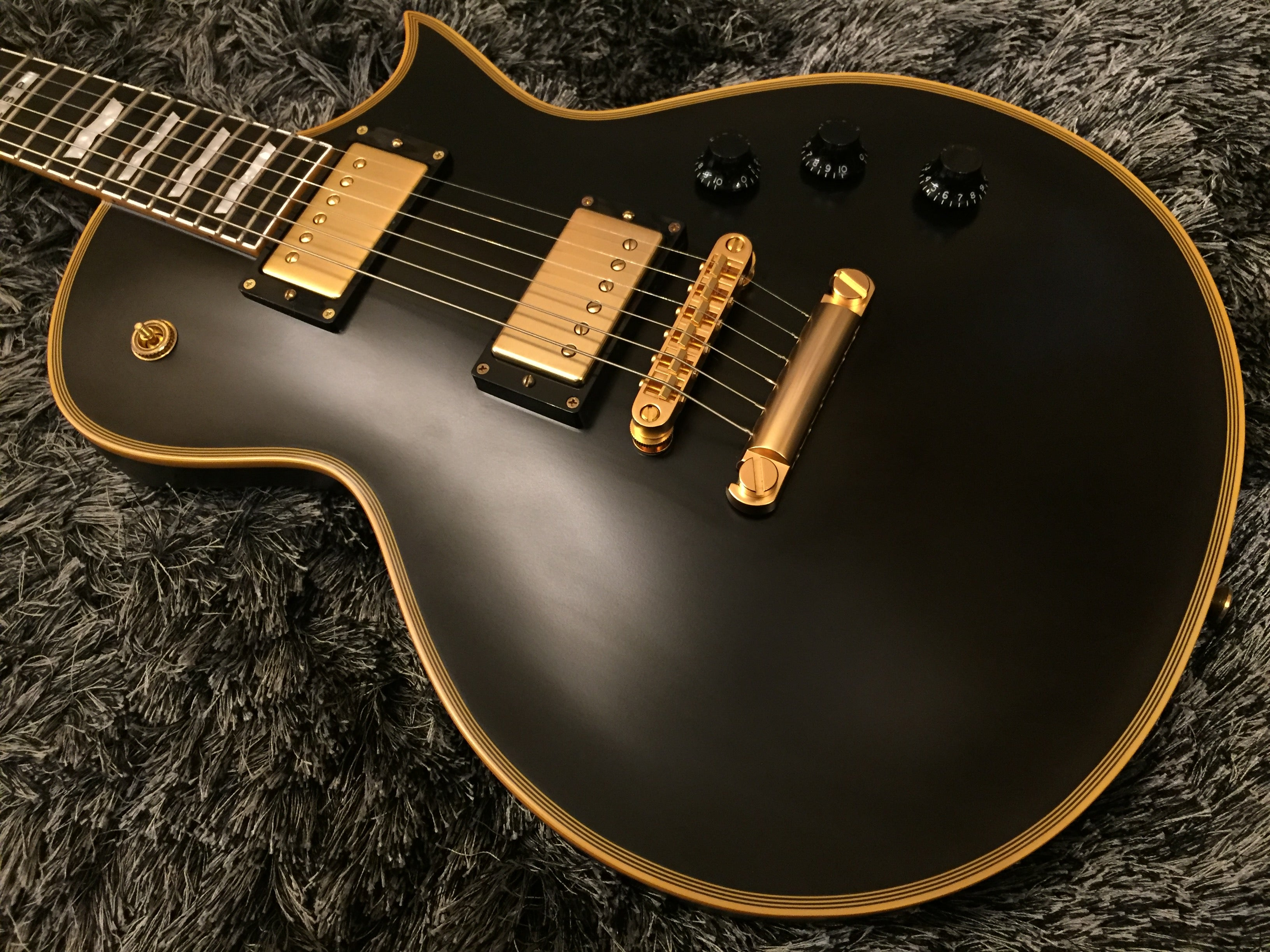 ESP Eclipse satin black gold hardware ES1315404 ESP - HIENDGUITAR.COM