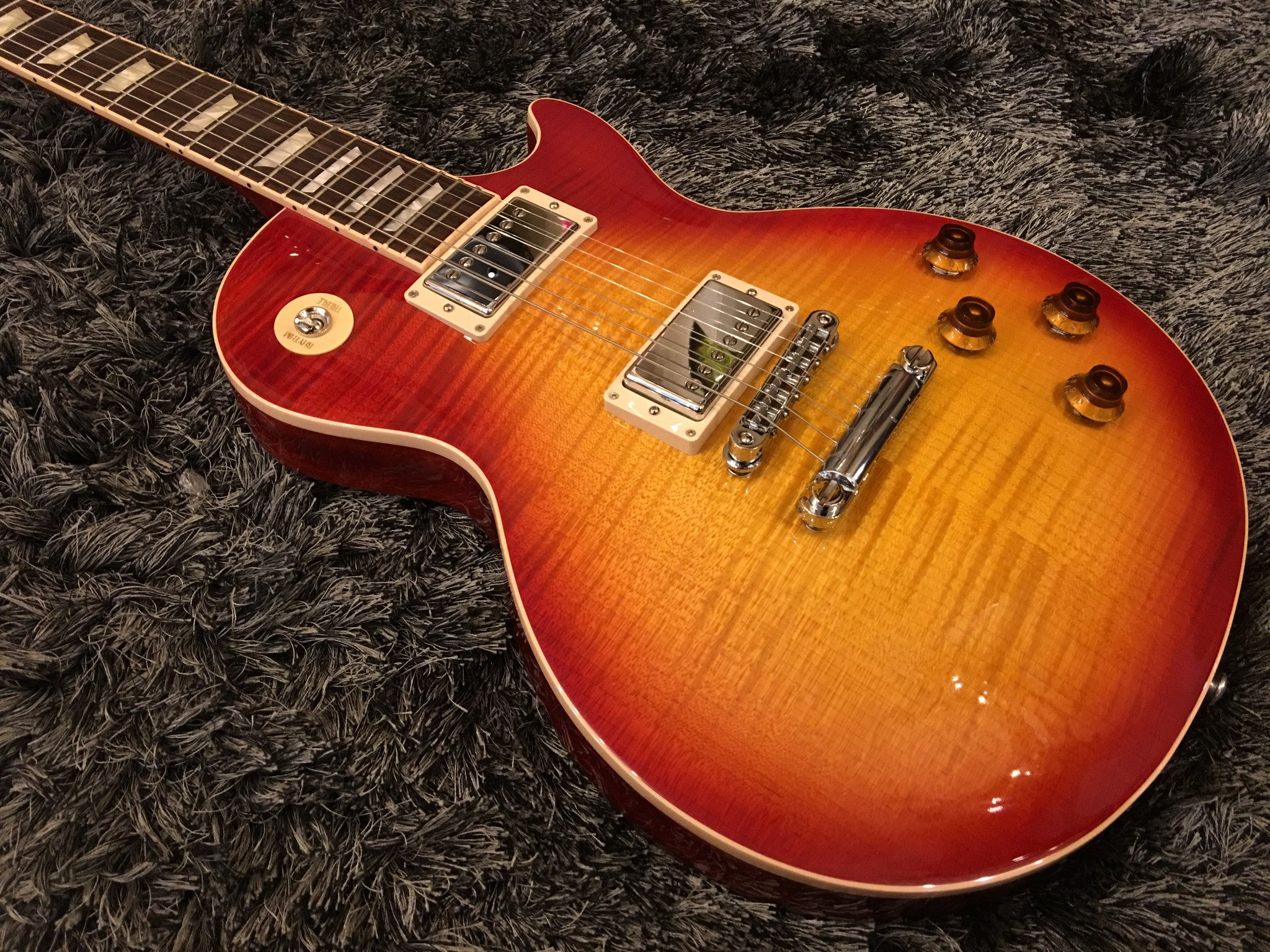 Gibson 2016 Les Paul Standard Plus Top T Electric Guitar   Heritage Cherry Sunburst  62617 - HIENDGUITAR   Gibson gibson2016