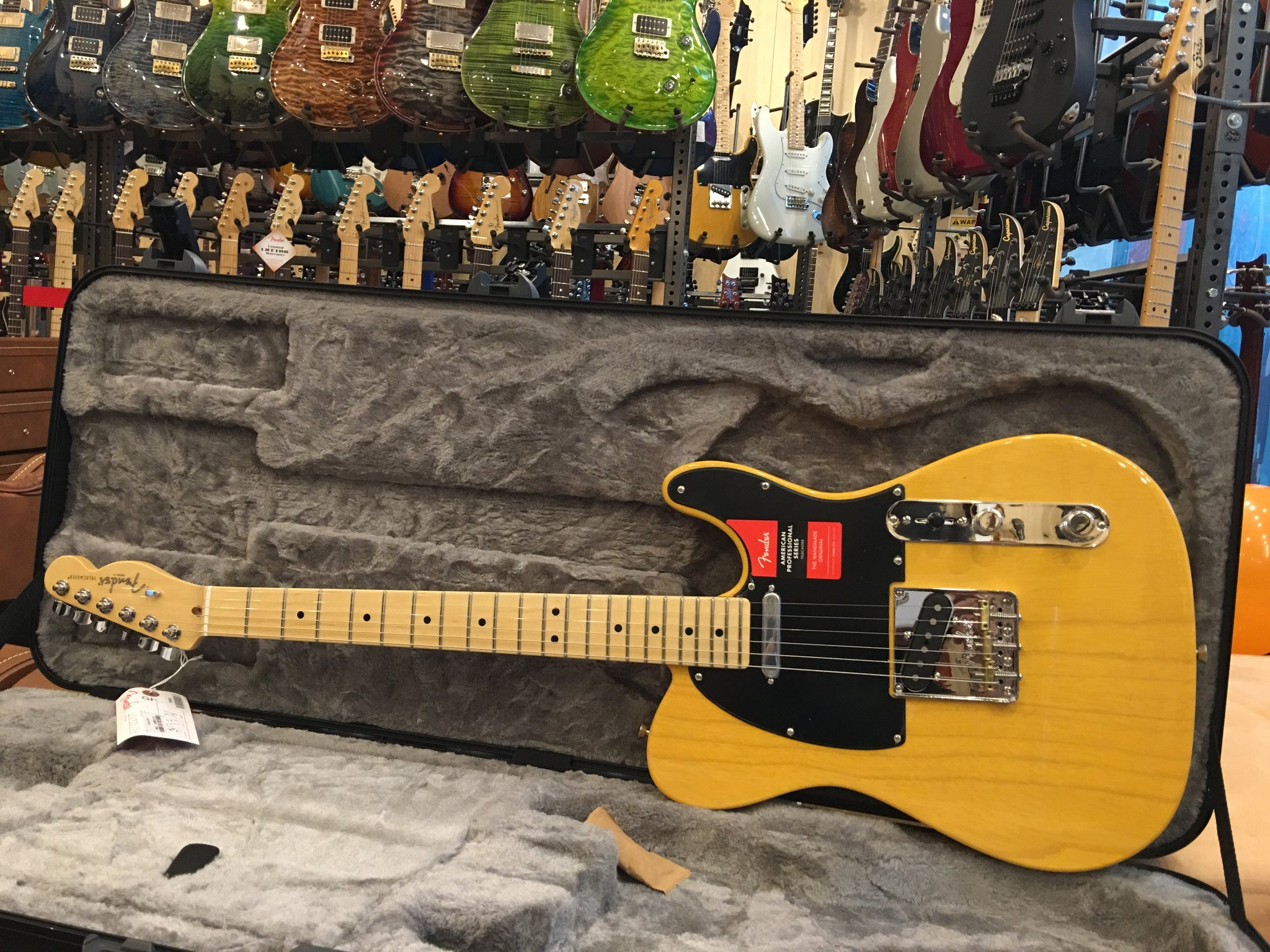 Fender American Professional butterscotch maple