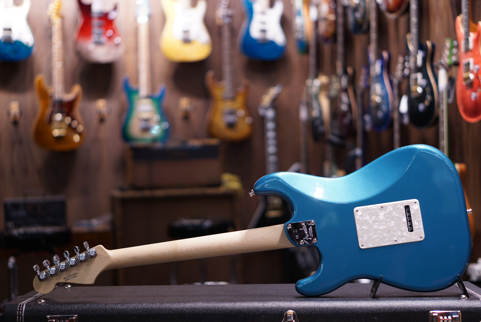 Fender American Elite Stratocaster - Ocean Turquoise with Ebony Fingerboard