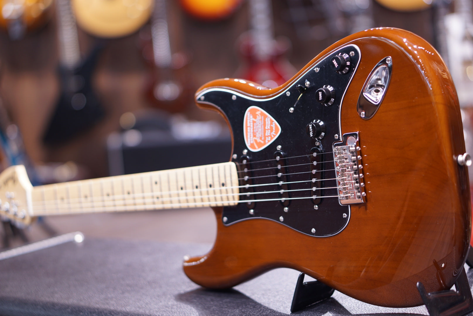 Fender American Special Stratocaster - Walnut with Maple Fingerboard fender - HIENDGUITAR.COM