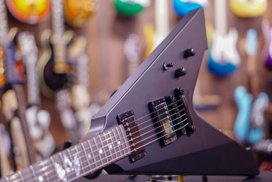 ESP Vulture James Hetfield ESP - HIENDGUITAR.COM