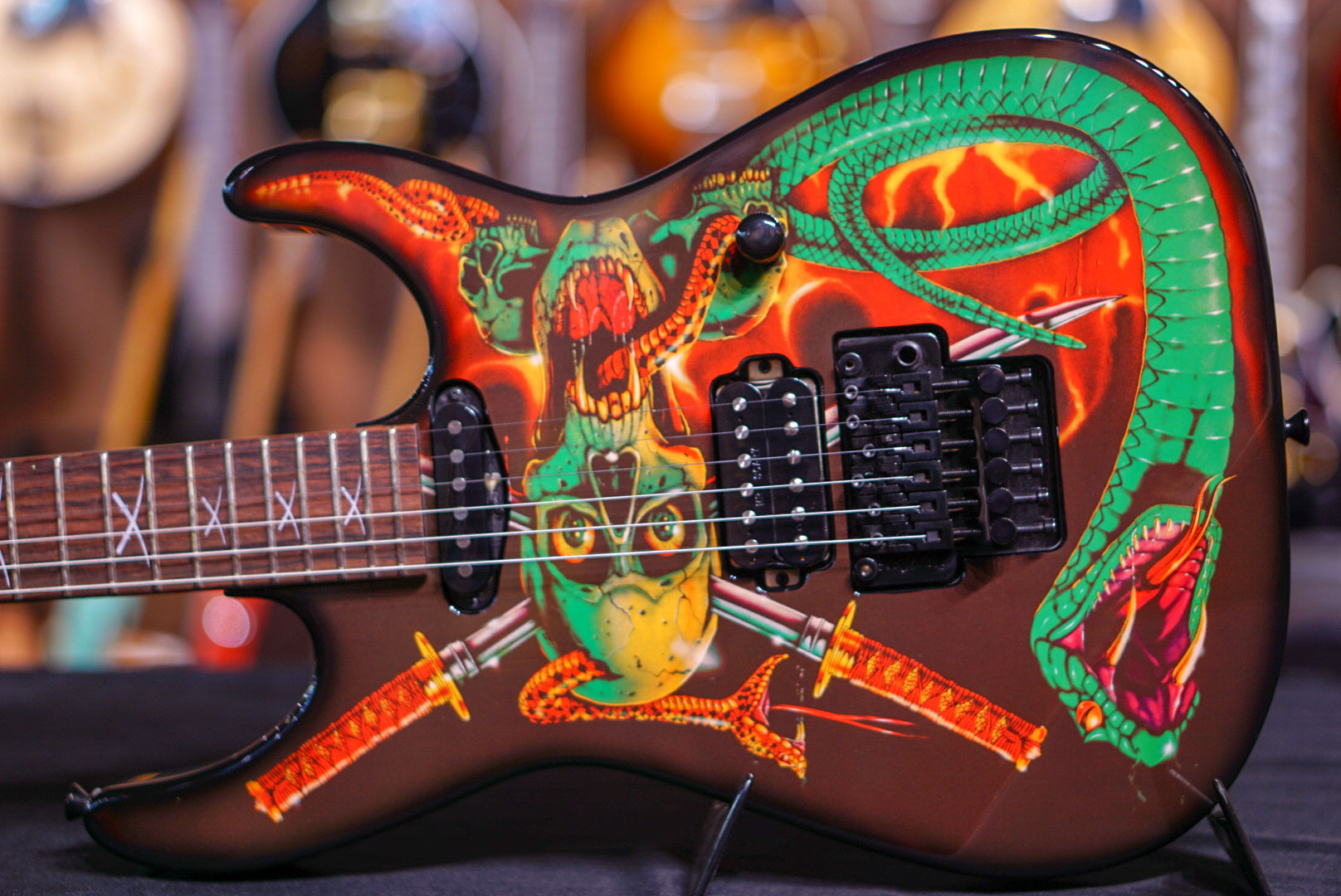 ESP George Lynch Signature Skull and Snakes ESP - HIENDGUITAR.COM