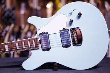 Ernie Ball Music Man BFR James Valentine - Baby Blue G89603 - HIENDGUITAR.COM