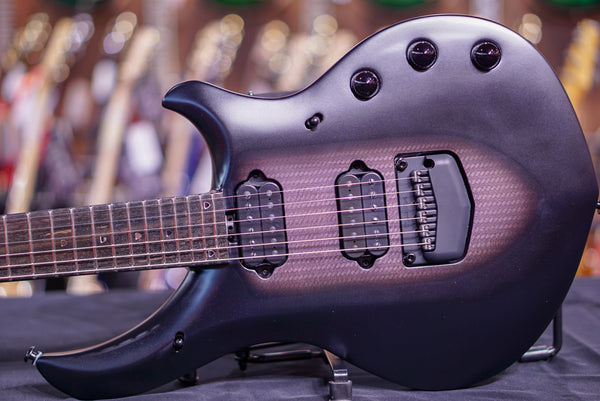Music Man John Petrucci Majesty Polar Noir  M10284