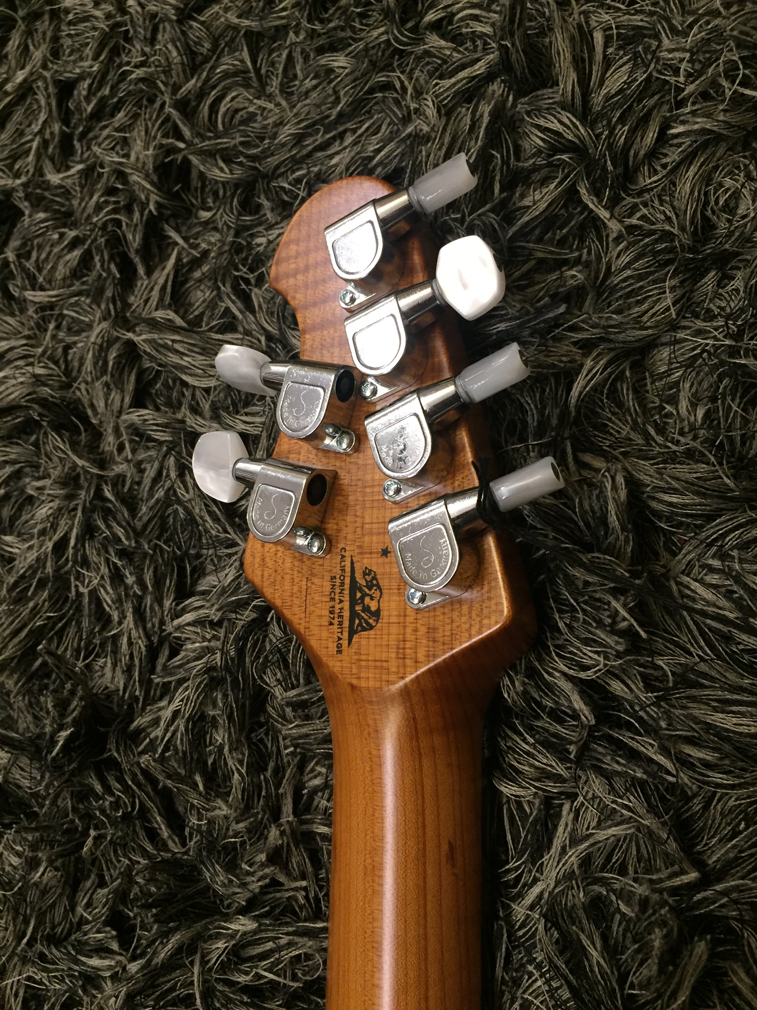 Music Man Axis Natural Koa Top Bfr Musicman - HIENDGUITAR.COM