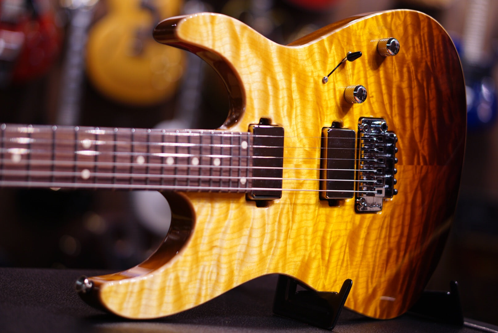 Anderson angel tobacco burst w binding on mahoganybody