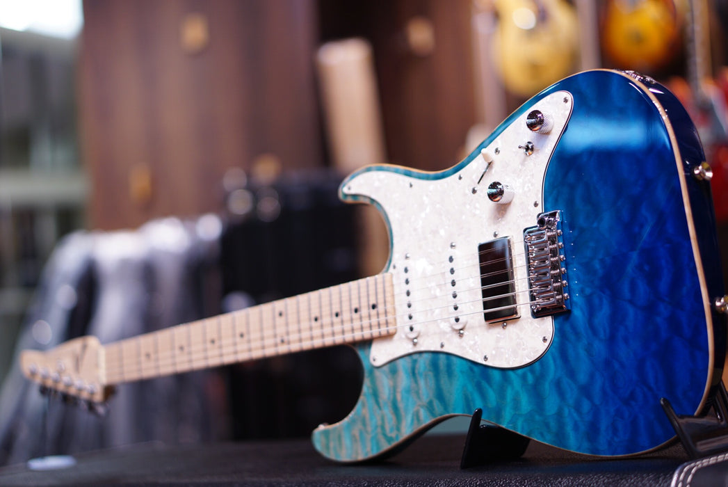 Anderson drop top classic bora blue surf with binding - HIENDGUITAR.COM