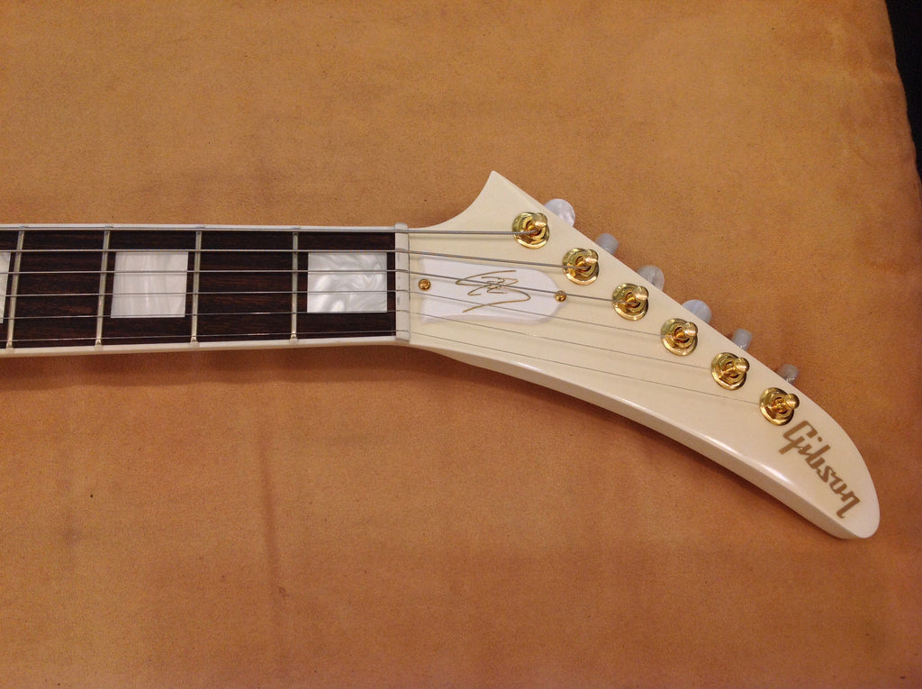 gibson-lzzy-hale-explorer-sn1 indonesia