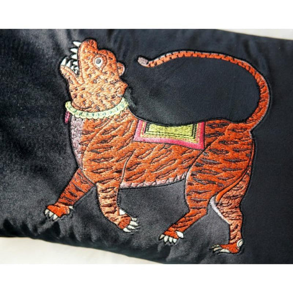Cushion Cover Decorative Pillow Case Vintage Velvet Animal Collection Tiger Embroidery Sofa Chair Bedding Coussin - Mia & Stitch