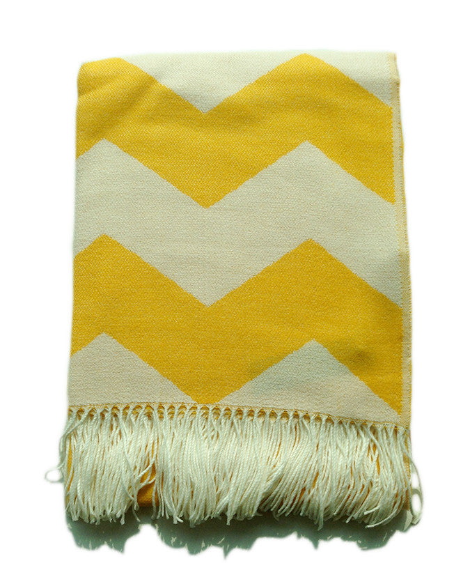Throw Blanket - Yellow and White Chevron Zig Zag Pattern - Mia & Stitch
