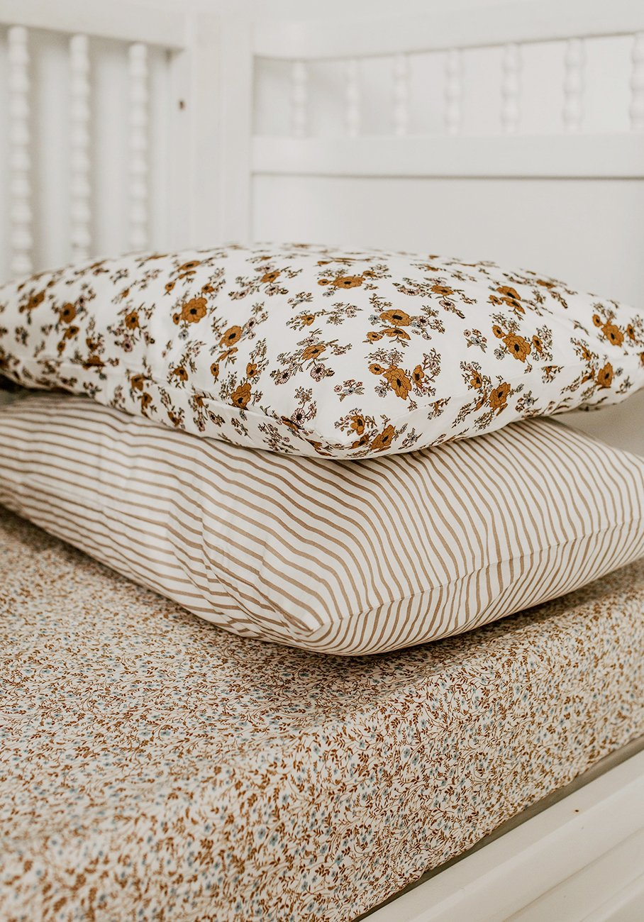 Miann & Co - Cot Fitted Sheet - Prairie Wildflower
