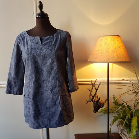 Pretty Chambray Tunic Linear Floral, CHAMBRAY/BLUE