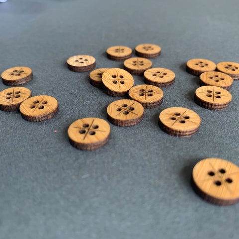 Arrow Mountain 4 Hole Shirt  Bamboo  Buttons 12mm