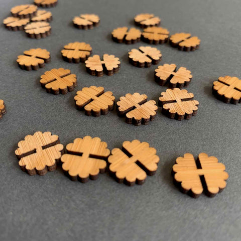 ARROW MOUNTAIN • FLOWER BAMBOO BUTTONS • 12mm X 14mm
