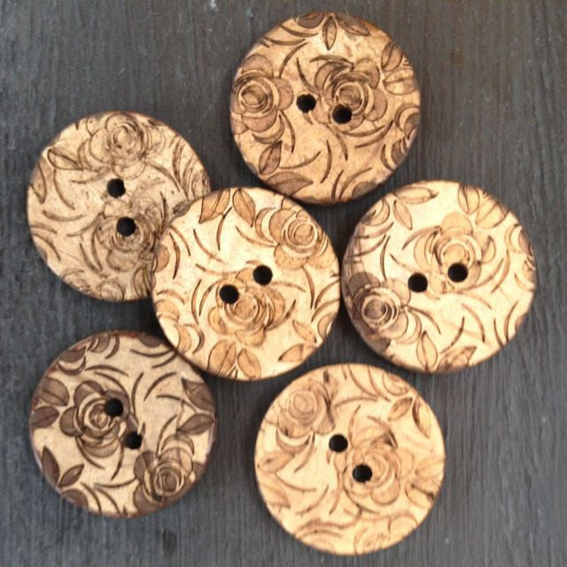 FLORAL COCONUT BUTTONS • Natural • 23mm