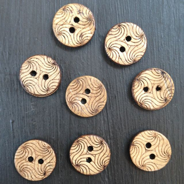 SWIRLY COCONUT BUTTONS • Natural • 13mm