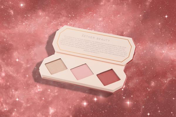 Crystal Charged Cheek Palette- Ruby