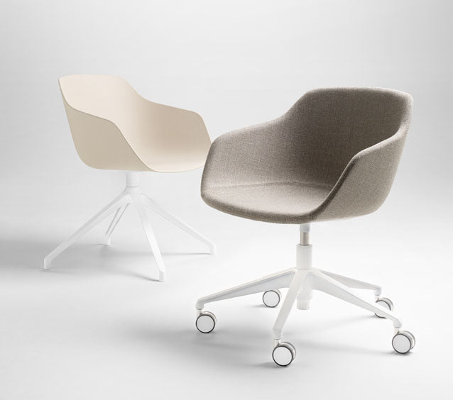 Kuskoa desk chair _ The Fine Store