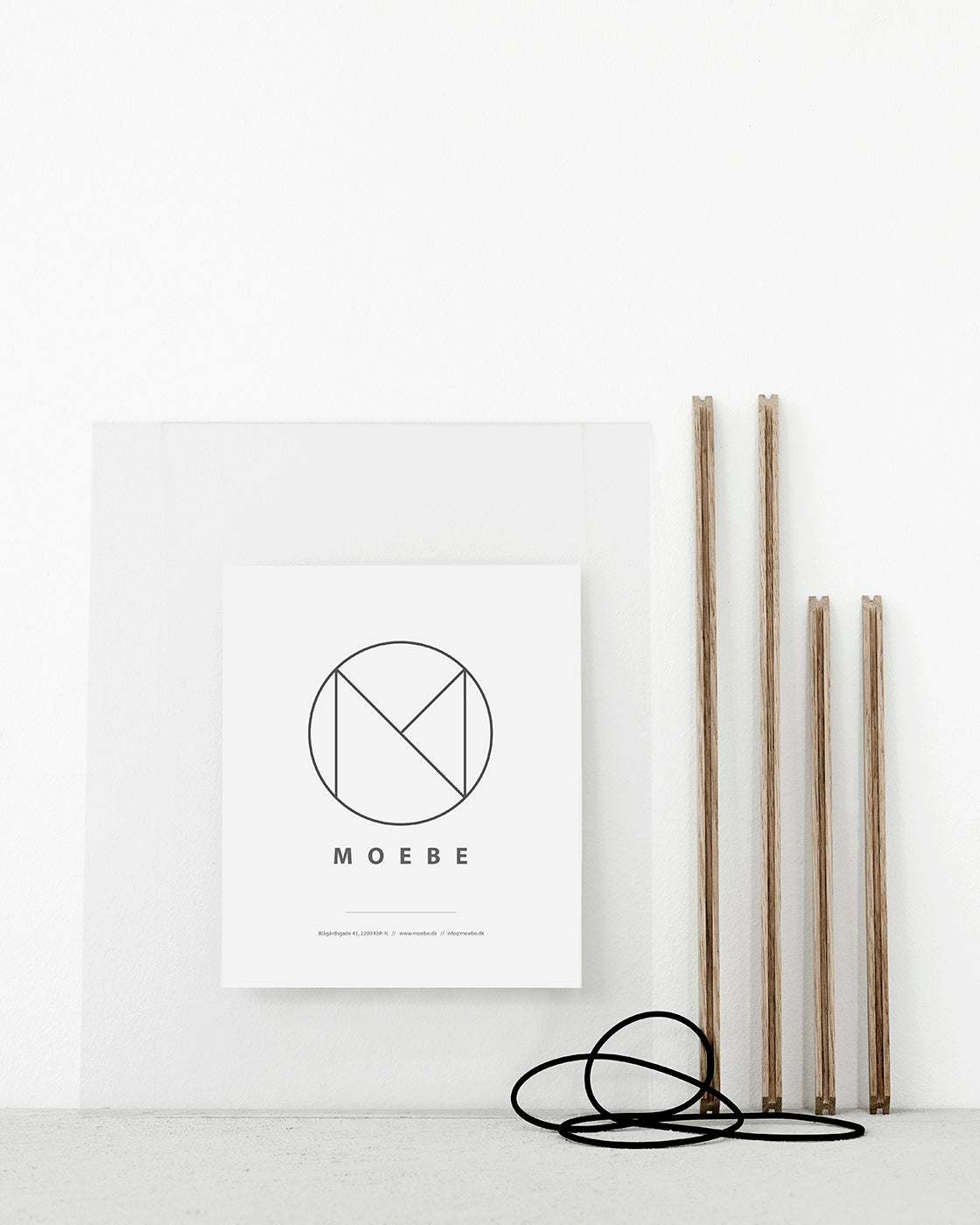 Clever frames by Moebe _ The Fine Store