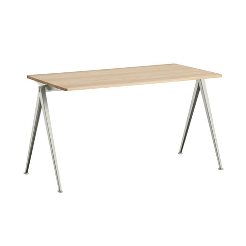 Pyramid Table 01