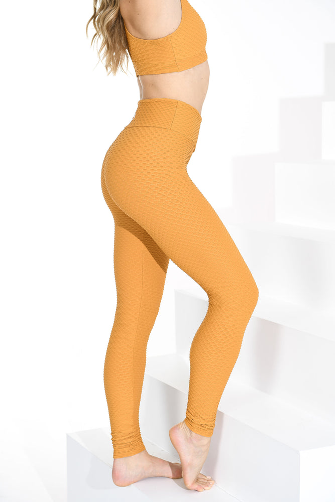 Load image into Gallery viewer, Croco Skin Leggings Honey