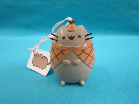 Pusheen Christmas Ornament - Detective