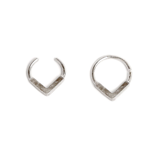 silver FLAT V SEPTUM RING by ADI LEV design