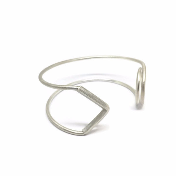 SAFETY PIN OPEN HAND CUFF