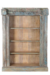 [[Pastel blue bookshelf with old Indian door frame///Etagère bleue pastel avec ancien cadre de porte indien]]