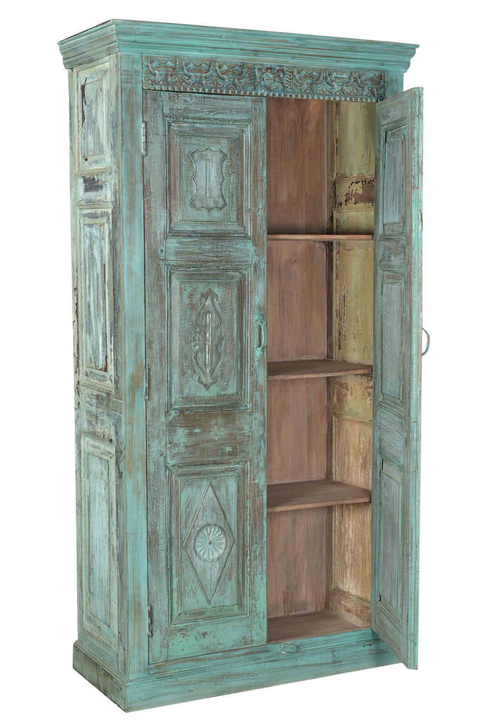 [[Pastel turquoise cabinet with old Indian door///Armoire turquoise pastel avec ancienne porte indienne]]