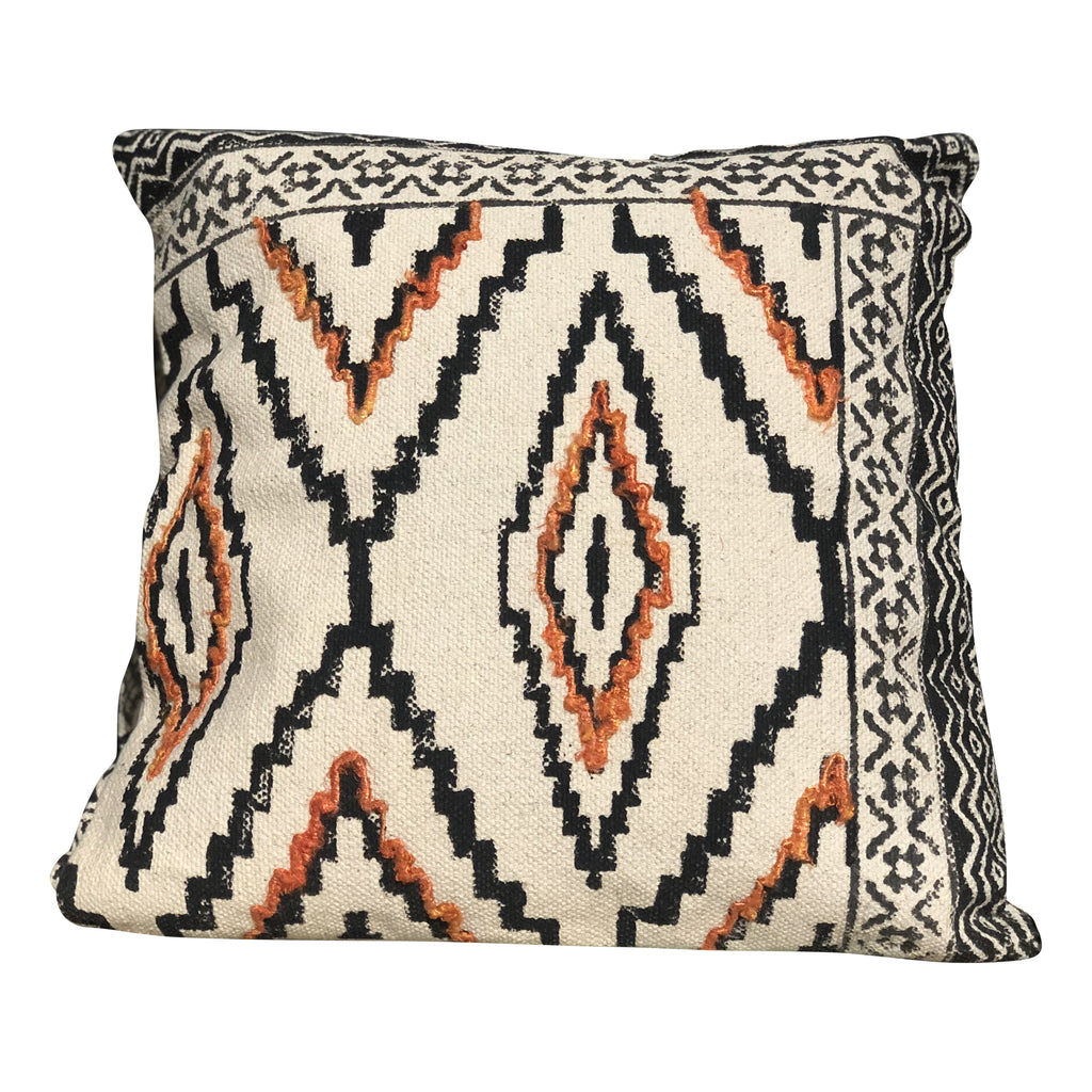 [[Hand block printed cushion with embroidery///Coussin imprimé à la main avec broderie]]