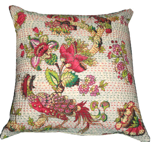 Small Kantha Cotton Cushion//Petit Coussin de Coton Kantha