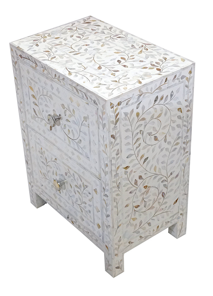 Mother of pearl bed side//Table de chevet en nacre