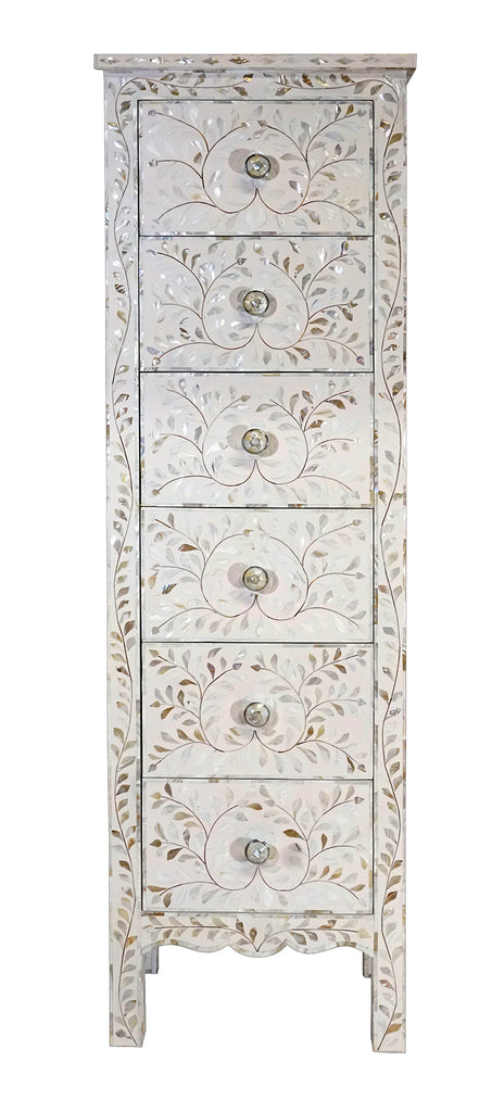 Mother of pearl narrow cabinet//Cabinet étroit en nacre