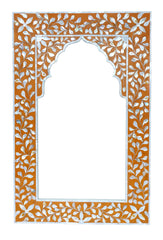 Mother of pearl frame with arch//Cadre avec arche en nacre