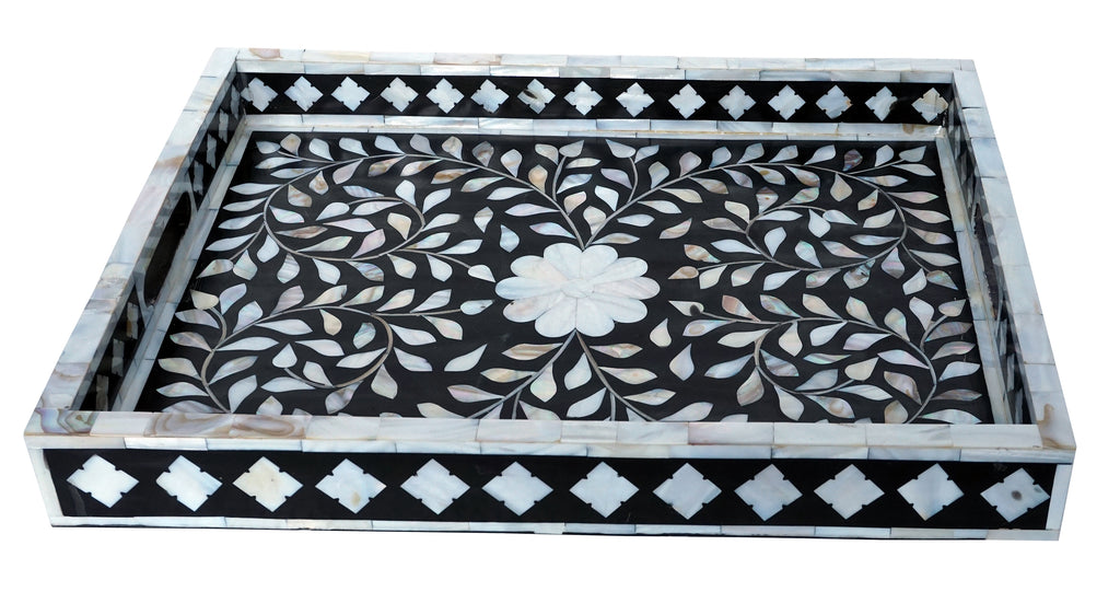Mother of pearl inlay tray//Plateau incrusté en nacre