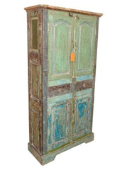 Green and Turquoise Vintage Cabinet//Armoire vintage verte et turquoise