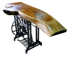 Industrial Side Table//Table d'Appoint Industrielle