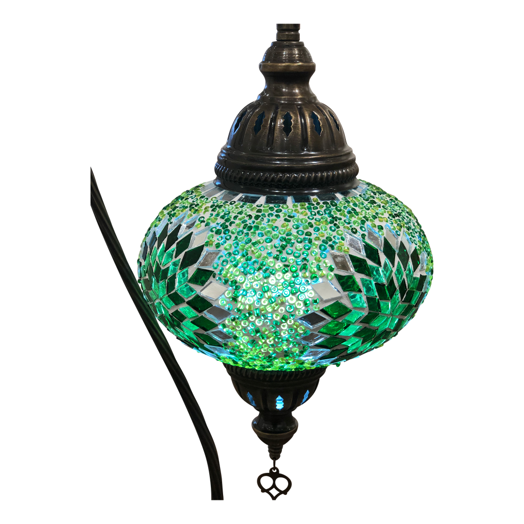 [[Green mosaic table light///Lampe de table en mosaïque verte]]