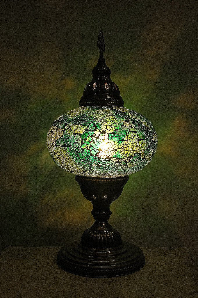 [[Cracked glass table lamp /// Lampe de table en verre fissuré]]